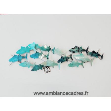 banc de poissons bleu en metal